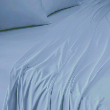THERMA LUX Sheet Set // Carolina Blue (Twin/Twin XL)