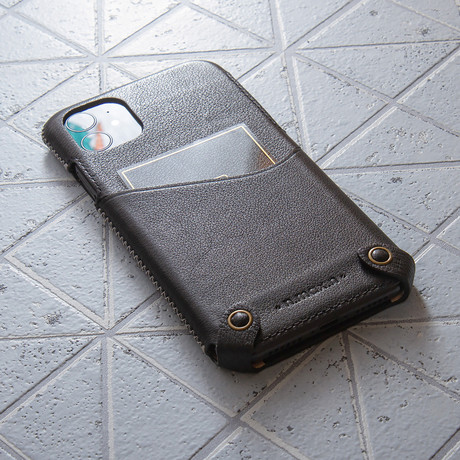 Classic Minimalist Series  //  iPhone 11 (Black)