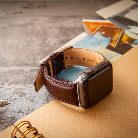 Passion Series Italian Vegetable-Tanned Leather  //  Apple Watch 38/40 (Noce)