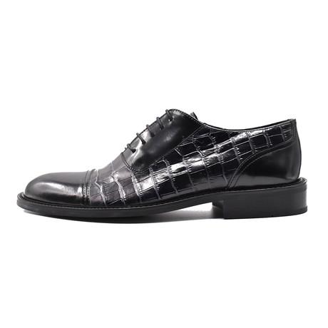 Lake Dress Shoe // Black (Euro: 39)
