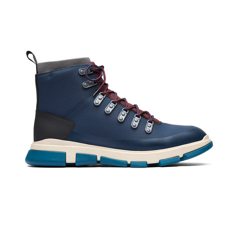 City Hiker // Navy (US: 7)