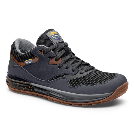 Men's Trailhead Shoes // Stormy Night (Size 7)