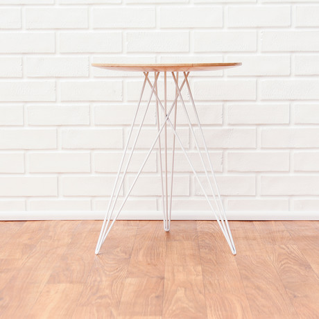 Hudson Side Table // Maple // No Inlay (Black)