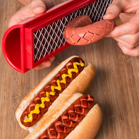 SLOTDOG // Ultimate Hot Dog Slicing Tool