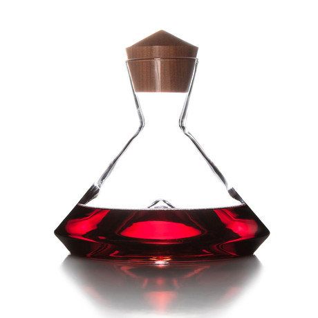 Magnum Decanter + Walnut Stopper