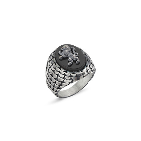 Onyx Stone Lion Ring // Oxide Coating (Size 7)