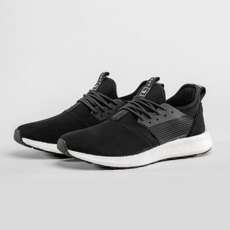 Waterproof Shoes // Black (US: 7)