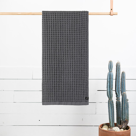 Guild Bath Towel (Charcoal)