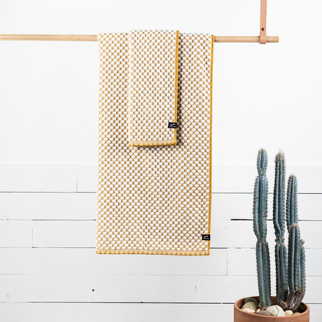 Clive Hand Towel (Mustard)