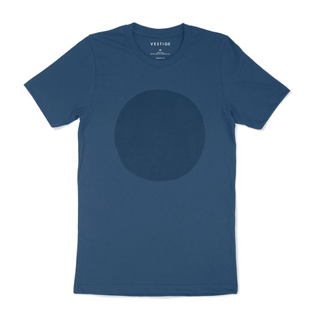 Suede Circle Graphic T-Shirt // Blue (S)