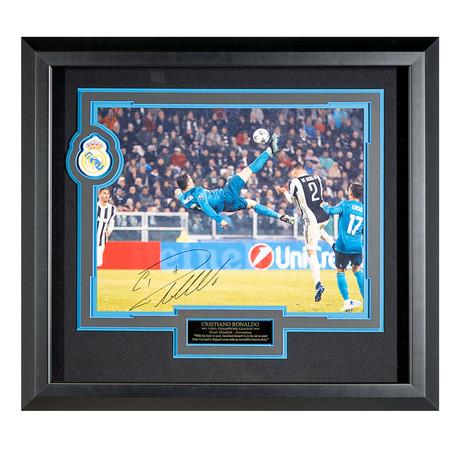 Cristiano Ronaldo // Autographed Display