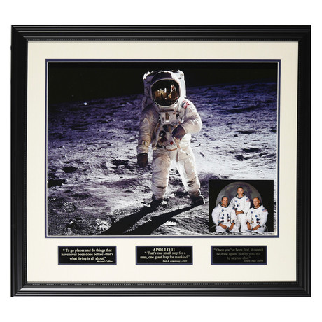 Apollo 11 // Facsimile Signature Display
