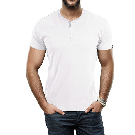 Men's Super Soft Stretch Henley // White (S)