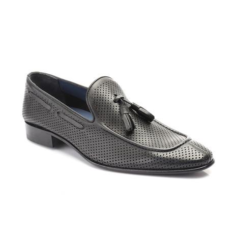 Eliezer Shoe // Black (Euro: 39)