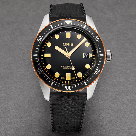 Oris Divers 65 Automatic // 01 733 7720 4354-07 4 21 18 // Store Display