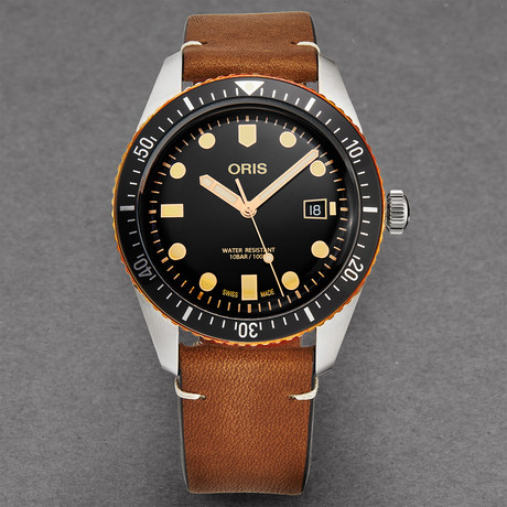 Oris Divers 65 Automatic // 01 733 7720 4354-07 5 21 45 // Store Display