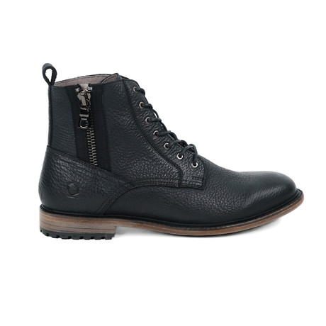 Cabernet Boot // Black (US: 6.5)