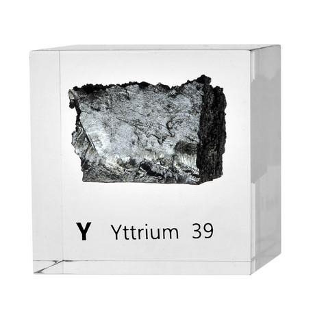 Lucite Cube // Yttrium