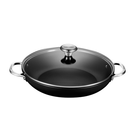 Toughened Nonstick Pro Shallow Casserole Braiser + Glass Lid (4 qt.)
