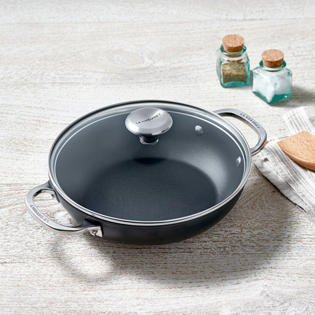Toughened Nonstick Pro Shallow Casserole Braiser + Glass Lid (2.5 qt.)