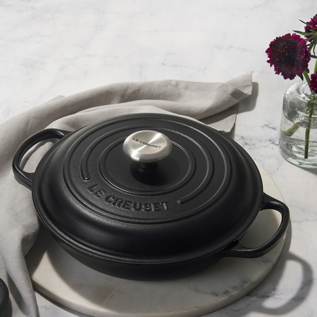Signature Braiser // 3.75 qt (Licorice)