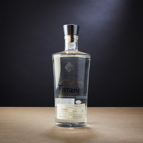 Terraneo Premium Organic Tequila // 750ml