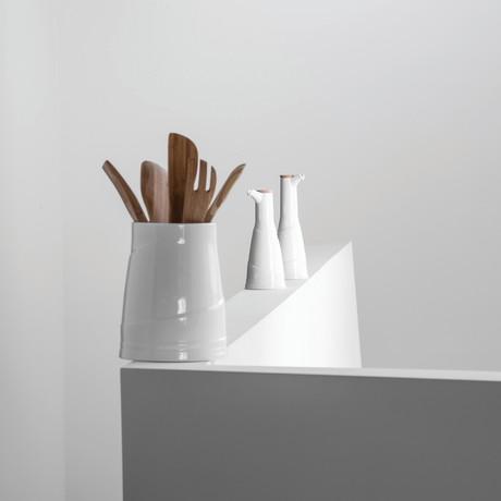 Essentials Porcelain Jar + Lid