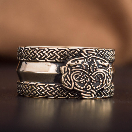 Bronze Viking Collection // Viking Ornament Ring + Wolves (6)