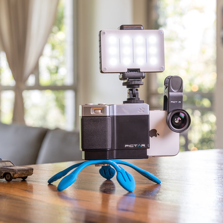Pictar Home Studio Kit // Smart Grip + Smart Lens 2in1 Wide & Macro + Smart Light + Splat 3N1 Flexible Tripod