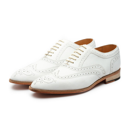 Wingtip Oxford Classic // White (US: 7)