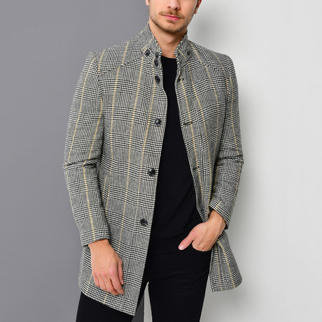 Canyon Overcoat // Checkered Black (Small)