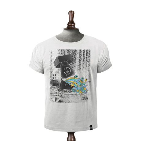 Dirty Bomb T-shirt // Vintage White (XS)