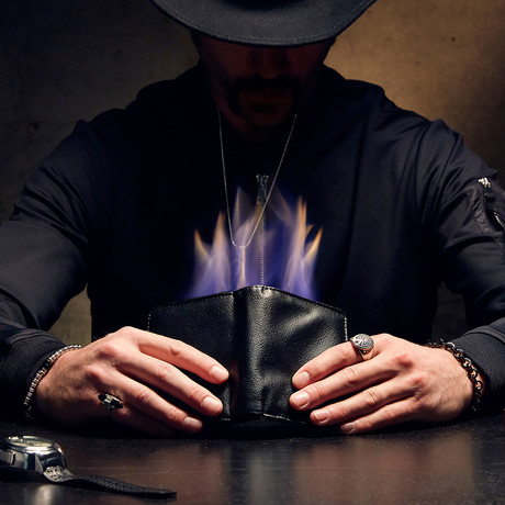 The Fire Wallet Neo // Black