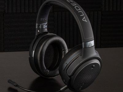 Mobius Carbon Headphones
