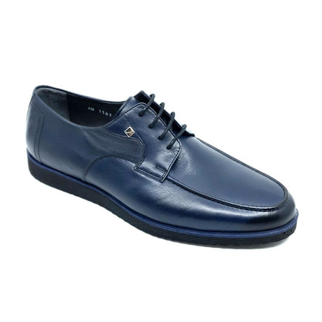 Floyd Shoes // Navy Blue (Euro: 39)