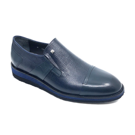 Tommy Slip On Shoes // Navy Blue (Euro: 39)