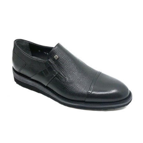 Matthew Slip On Shoes // Black (Euro: 39)