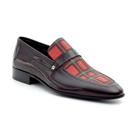 Yanis Loafers // Brown + Red Plaid (Euro: 39)