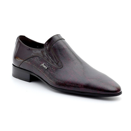 Tristan Loafers // Claret Red (Euro: 39)