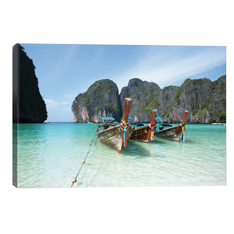 Maya Bay, Phi Phi, Thailand I // Matteo Colombo