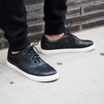 Perry Leather // Black (US: 9)