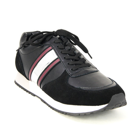 Men's Classic Running Sneaker // Black (Euro: 38)