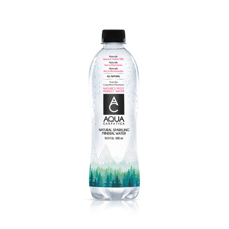 AQUA Carpatica // Naturally Sparkling Mineral Water // 500ml // 24 Pack