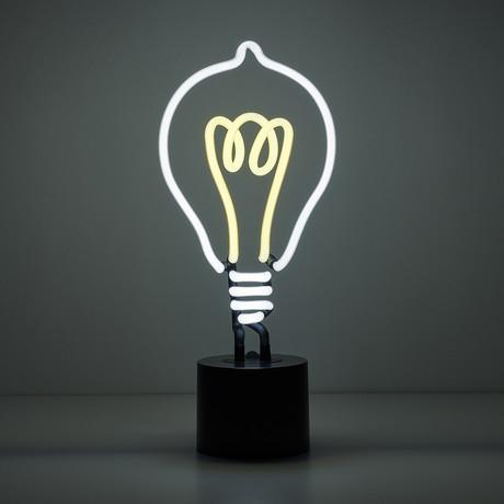 Neon // Lightbulb