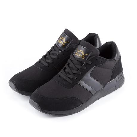 Sneaker // Black (Euro: 38)