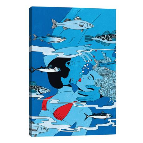 Lovers Underwater // Cosmo