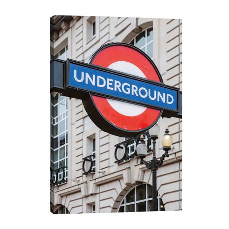 Underground, London, UK // Matteo Colombo