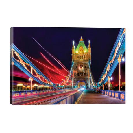 Tower Bridge Bus // David Gardiner