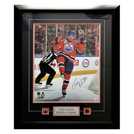 Connor McDavid // Edmonton Oilers // Autographed Photo Display
