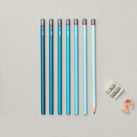 Gradient Sketching Pencil Set // Set of 7 Pencils (Blue)